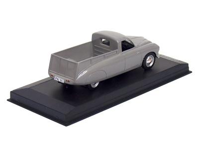 Carmodels SK | M 1:43 | TATRA 201 Dakota (1949)