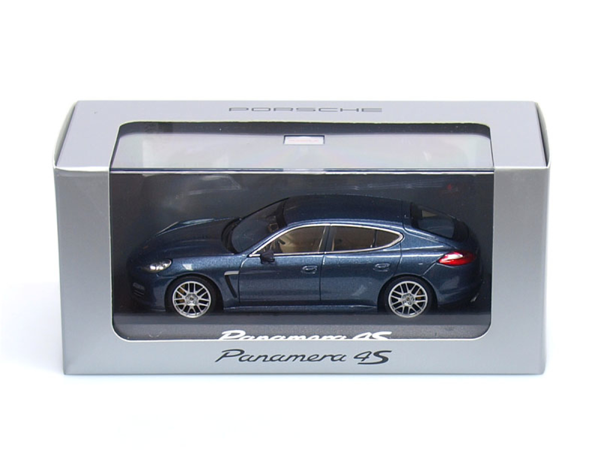 Minichamps | M 1:43 | PORSCHE Panamera 4S ( 2010 - )