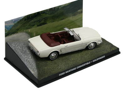 "Eaglemoss Publications | M 1:43 | FORD Mustang Convertible - James Bond Series ""Goldfinger"""