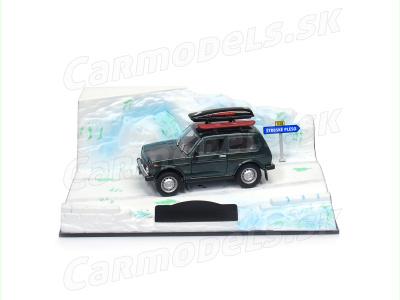 Carmodels SK / DeA | M 1:43 | Diorama VAZ 21213 Lada Niva
