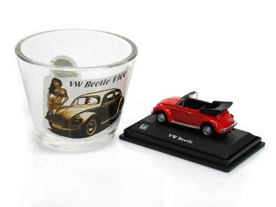 Cararama / Hongwell | M 1:72 | Pohárik VW Beetle 1300 + Model 1:72