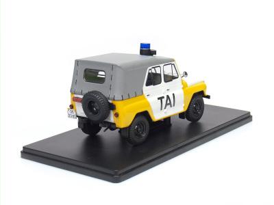 Carmodels SK / White Box | M 1:24 | UAZ 469 - TAI ČSSR