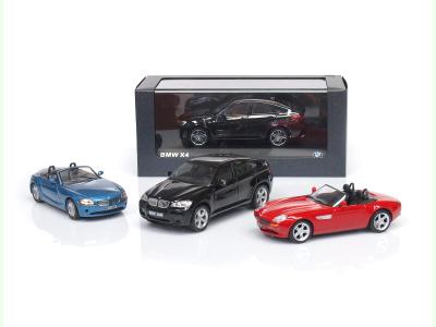   M 1:43   BMW X4 + X6M +Z8 + Z4